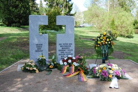 Bild: SBV-D. Liebs Die neue Grabstelle auf dem städtischen Friedhof Burg Stargard