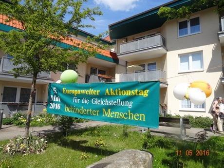 Bild:SBV PB - Am Walkmüllerweg 4a macht ein Transparent auf den 5. Mai als Protesttag aufmerksam